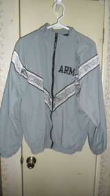 PT jacket large/regular in Fort Campbell, Kentucky