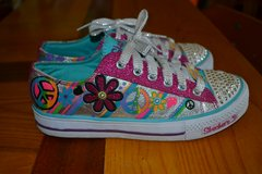 Brand New!! Girls Skechers Twinkle Toes Light up Sneakers Shoes in Camp Lejeune, North Carolina