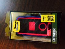Otter box for iphone 5/5s in Joliet, Illinois