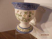 """6.5"""" Blue and White Flower Pot in Naperville, Illinois"""
