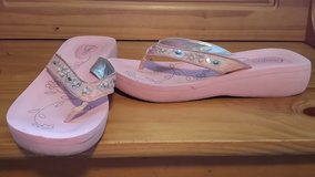 Womens Sandals in Plainfield, Illinois