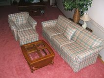 Couch, Chair & Ottoman in Bolingbrook, Illinois