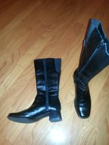 Black leather boots Size 8 or euro 38 in Fort Benning, Georgia