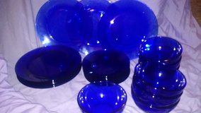 23 PEICE BLUE DISH SET in Kansas City, Missouri