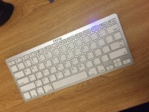 MacBook ihome wireless Bluetooth keyboard in Fort Irwin, California