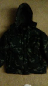 Camo Winter Jacket Boy Size Large Old Navy Down Jacket in St. Charles, Illinois