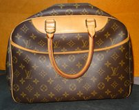??? LOUIS VUITTON MONOGRAM DEAUVILLE BAG ??? in Okinawa, Japan