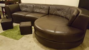 2 pc leather sectional sofa in Fort Lewis, Washington