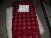 Cranberry red throw in Ramstein, Germany