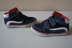 Boys Children's Place Navy/Red Hightop Shoes Size 11 in Lockport, Illinois
