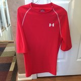 Boys Under Armor Shirt size L in Naperville, Illinois