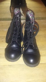Girls black boots sz 11 in Spring, Texas