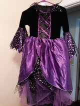 Girl's Witch Costume [10/12] in Beaufort, South Carolina