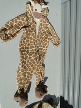 costume - Giraffe Toddler 18mos in Travis AFB, California