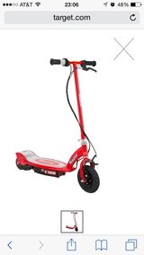 Razor E100 Electric Scooter (Red) in The Woodlands, Texas