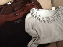 (4) women Assorted Long Sleeve Mix Med in Ramstein, Germany