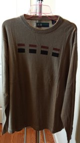 Mens Sweater - Other in Travis AFB, California