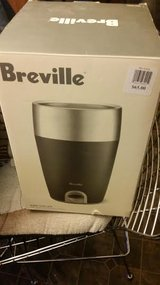 New / Breville Stainless Steel Electric Wine Chiller in Clarksville, Tennessee