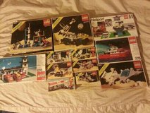 Tons Of Vintage Legos Lot in Elgin, Illinois