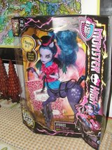 "MONSTER HIGH ""AVEA TROTTER"" FREAKY FUSION DOLL in Camp Lejeune, North Carolina"