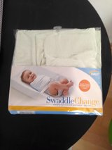 Halo swaddle changing pad cover in Wiesbaden, GE