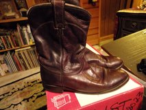 #9 MENS WESTERN BOOTS SIZE 9D BROWN in Fort Hood, Texas
