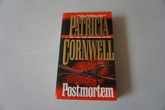 Postmortem by Patricia Cornwell in Bolingbrook, Illinois