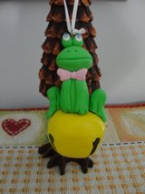 "ADORABLE ""FROG BELL"" CHRISTMAS OR EASTER ORNAMENT in Camp Lejeune, North Carolina"