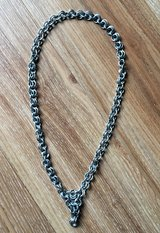 Handcrafted chain link necklace in Stuttgart, GE
