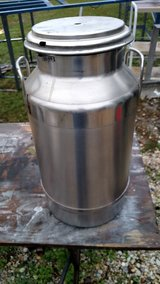Stainless steel Milk Cans in Cherry Point, North Carolina