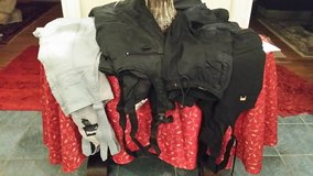 ski pants two pair on left available in Wiesbaden, GE