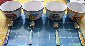 Soup/Cereal bowls/w spns + cups in Yucca Valley, California