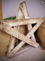 Christmas tree star wood pallet hanging in Camp Lejeune, North Carolina