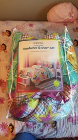 twin comforter & sham in Yorkville, Illinois