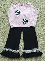 Girls Outfit - Size 6 in Joliet, Illinois