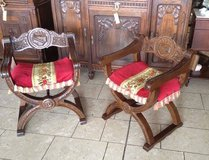 set of 2 chairs - castle style in Spangdahlem, Germany
