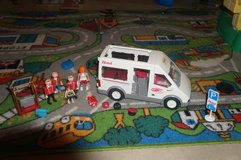 Playmobil Hotel Shuttle Bus in Glendale Heights, Illinois