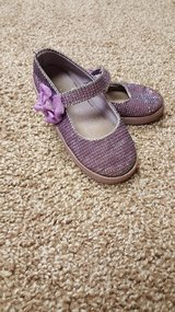 Girls Sparkly purple shoes sz.8 in Plainfield, Illinois