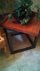 Removable Tray Metal & Wood Endtable in Kingwood, Texas