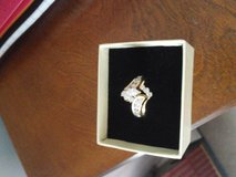 3 carat ring from Zales gave 3000. asking 1800. in Fort Campbell, Kentucky