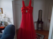 RED PROM DRESS/BALL GOWN SIZE 13/14 Jrs in Fort Campbell, Kentucky