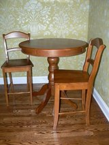Counter-Height Pub Table & Chairs in Schaumburg, Illinois