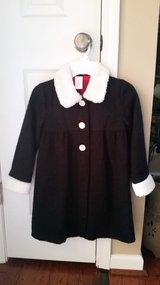 **REDUCED** Girls Black Coat w/ White Faux Fur Accents, Size 5T in Fort Campbell, Kentucky
