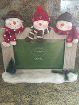 Snowman picture frame in Elgin, Illinois