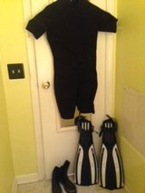 Women's Dive gear: fins, booties & wet suit in Beaufort, South Carolina