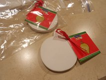 Ready to Paint Plaster Ornaments in Chicago, Illinois