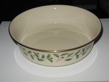 Lenox Holiday serving dish made in USA in Batavia, Illinois