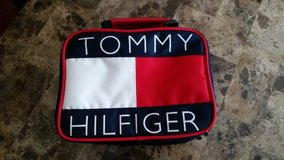 NWOT: Authentic Tommy Hilfiger Lunch Bag in Clarksville, Tennessee