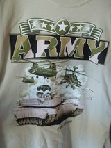 Army T-shirt Lg New in 29 Palms, California