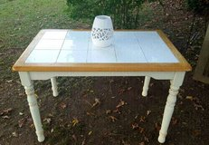 NICE Cottage Style Tiled &Wooden Breakfast Table in Summerville, South Carolina